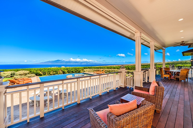 spacious family vacation rental in Maui with views